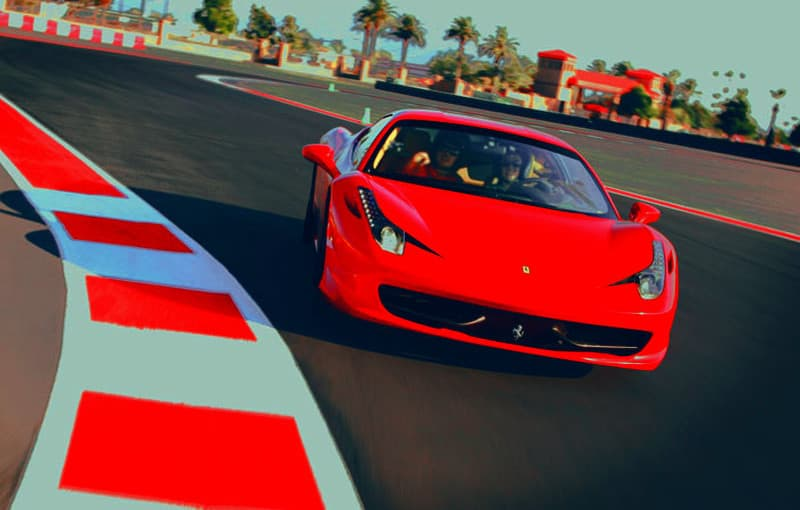 Conducir un Ferrari en circuitos de competición