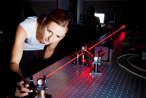 La ciencia y la utilización de la pinza óptica
